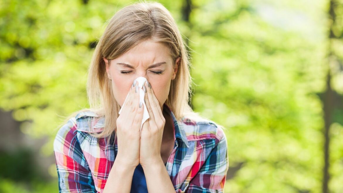 How To Tackle Your Allergies Naturally